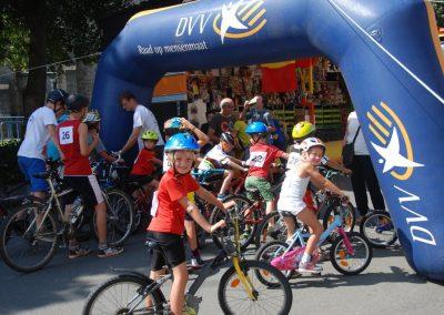 Amateur wielerwedstrijd kinderen